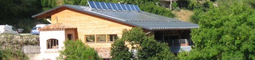 Electricité et Chaleur solaire autoconsommées sur le site d'Ardelaine –  Aurance Energies